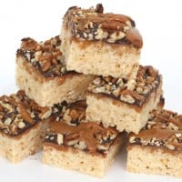 caramel turtle rice krispies treats