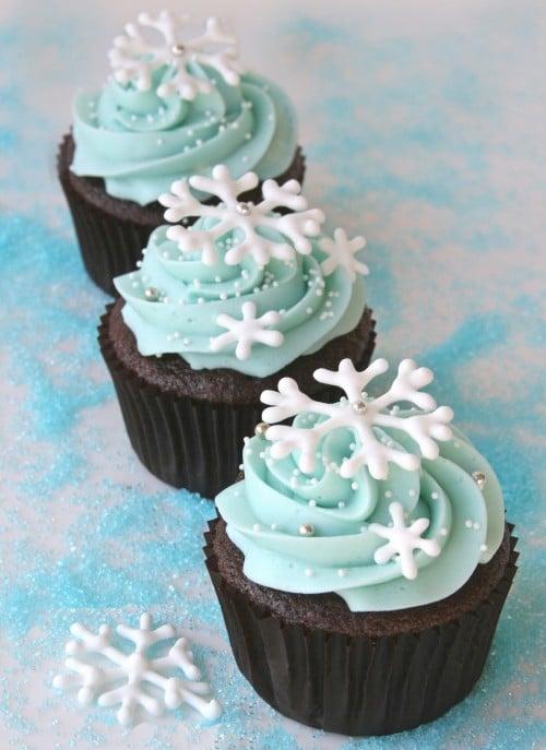 Snowflake cupcakes e1340922875408