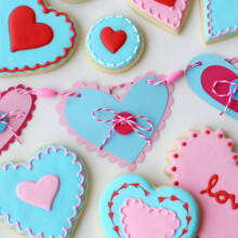 Valentine's garland and cookies