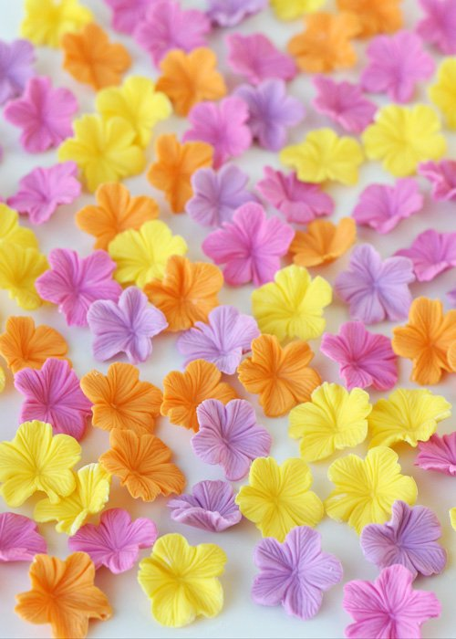 Fondant Flowers Are Easy To Make And Perfect Decorations For Your Cookies Www Tarfootbaker
