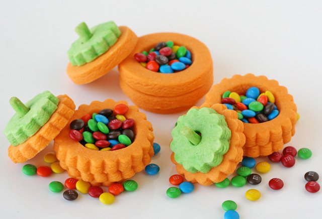 Great party favors or special treats for a fall or halloween party