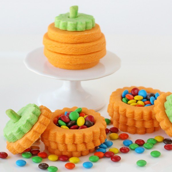 3-D Pumpkin Cookies (with a surprise inside)