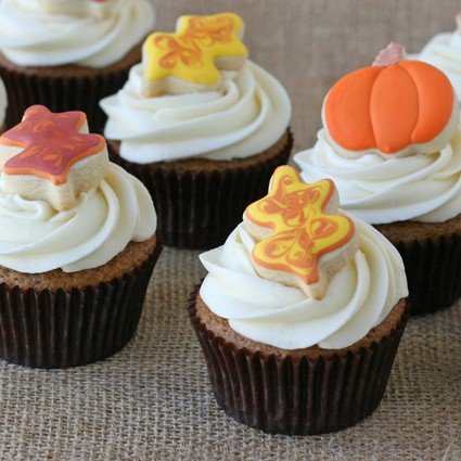 Pumpkin Cupcakes with Maple Cream Cheese Frosting - Glorious Treats