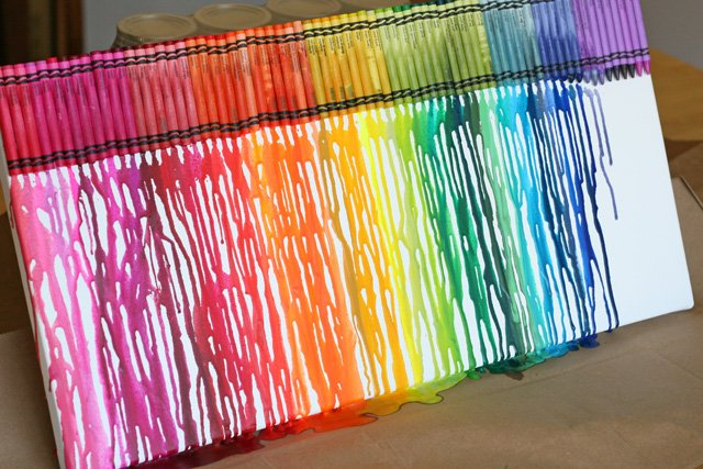 Diy ideas for How to make a melted crayon art canvas
