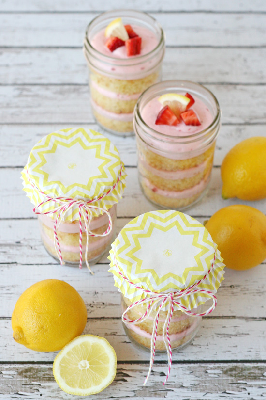 Strawberry Lemonade Cupcakes in a Jar  (cute packaging idea!)
