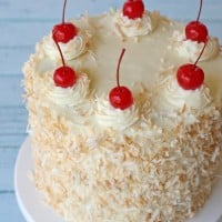 Pina Colda Cake - by glorioustreats.com