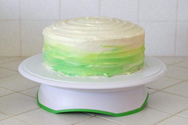 How to make a blended color cake - by Glorious Treats