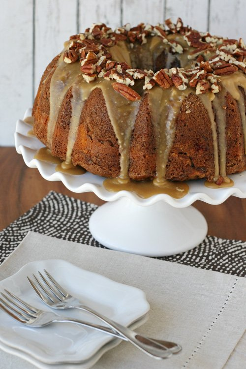 Apple Cream Cheese Bundt Cake - glorioustreats.com