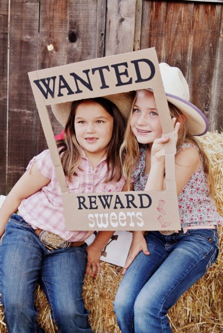 Cowgirl Party Photo Idea - by Glorious Treats