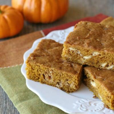 Pumpkin White Chocolate Chip Bars - by glorioustreats.com