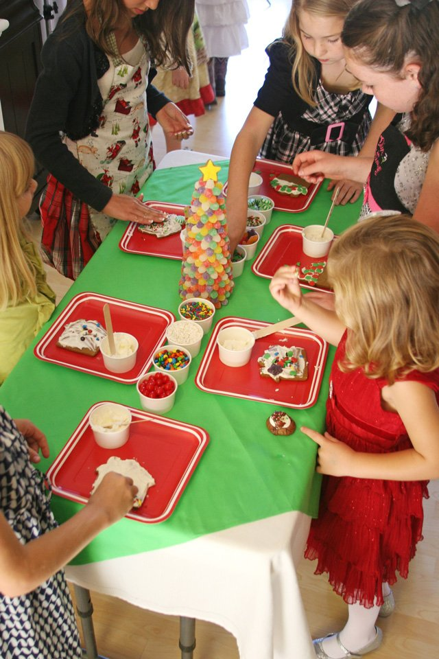 Kids Cookie Decorating Table - glorioustreats.com