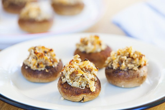 Easy Stuffed Mushrooms - glorioustreats.com