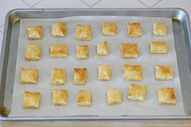 Puff Pastry Bites (for Turkey Pesto Appetizer) - glorioustreats.com