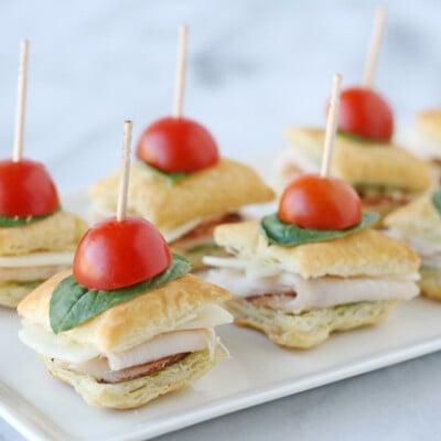 Turkey Pesto Appetizer Bites - glorioustreats.com