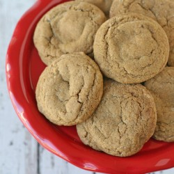 Soft & Chewy Ginger Molasses Cookies - glorioustreats.com