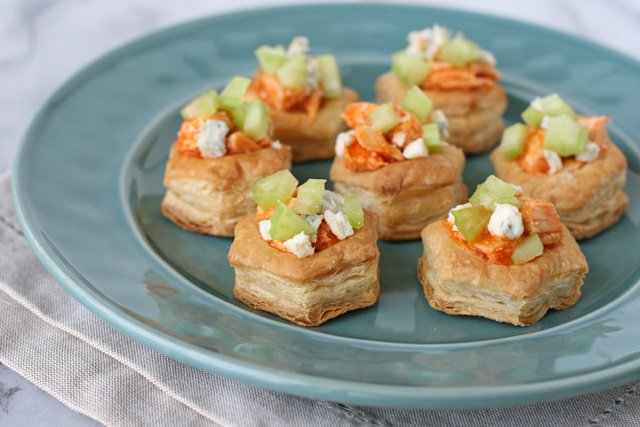 Buffalo Chicken Appetizer Bites - glorioustreats.com