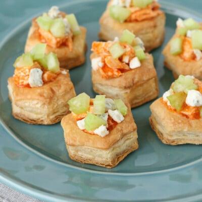Buffalo Chicken Pastry Bites - glorioustreats.com