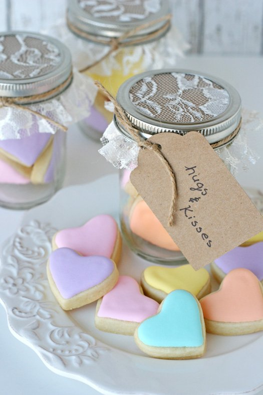 Shabby Chic Cookies in a Jar - glorioustreats.com