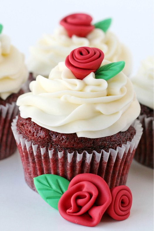Red Velvet Cupcakes - glorioustreats.com