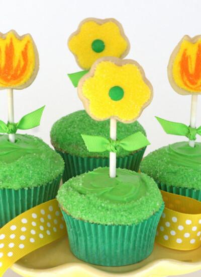 Cute Spring Cupcakes - glorioustreats.com