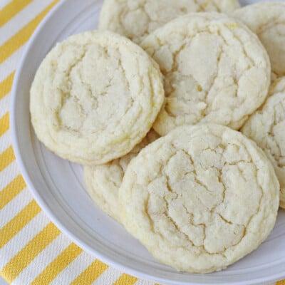 Chewy Lemon Sugar Cookies - via GloriousTreats.com