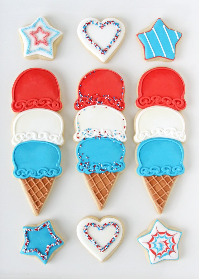 4th of July Ice Cream Cone Cookies - via GloriousTreats.com