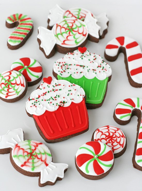 Candy Cane and Cupcake Christmas Cookies - So cute! - Decorated Christmas Cookies €� Glorious Treats