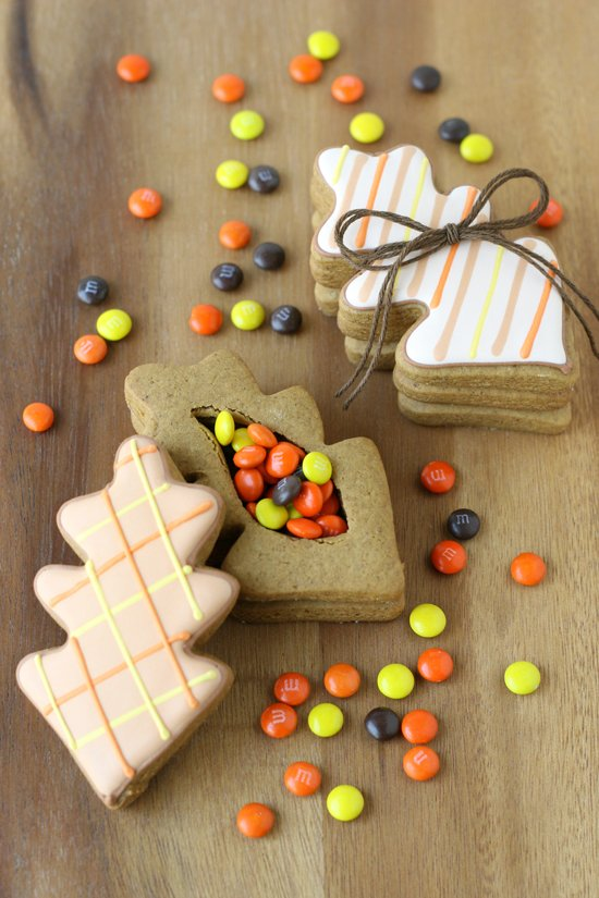 Leaf Cookie Boxes - Such a cute and creative idea!