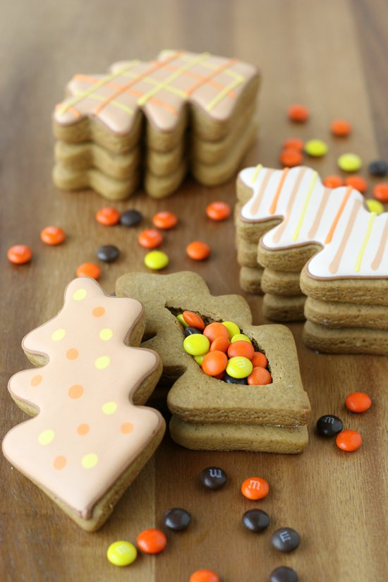 Thanksgiving Gingerbread Cookie Boxes - So cute and creative!