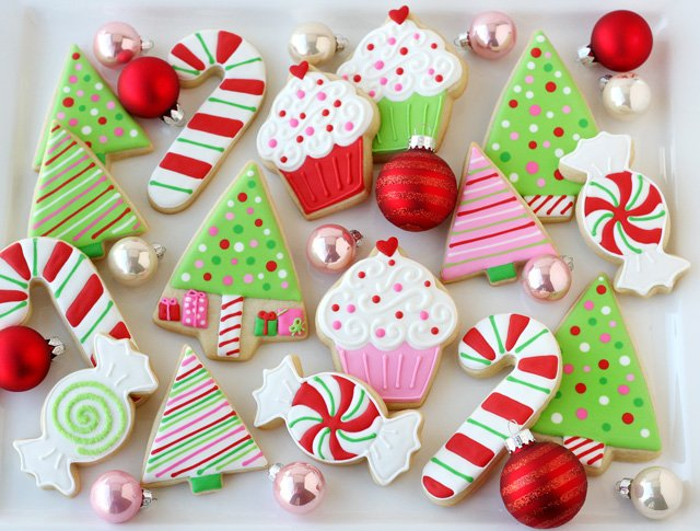 Enjoyable Decorated Christmas Cookies Glorious Treats Easy Diy Christmas Decorations Tissureus