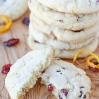 Cranberry Orange Cookies | Perfect for holiday gifts and cookie exchanges!