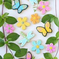 Pretty spring decorated cookies!
