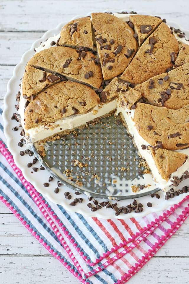 This Chocolate Chip Cookie Ice Cream Cake Is Just Like A Giant Sandwich