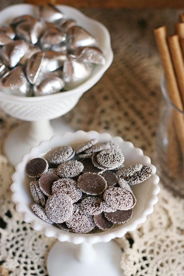 Pretty wedding candy ideas!