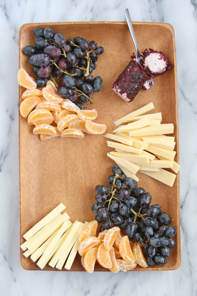 How to build a gourmet appetizer platter!