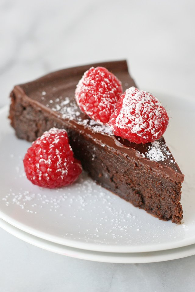 Recipe For Flourless Chocolate Almond Cake