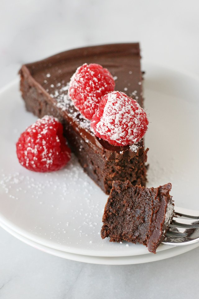 The ultimate chocolate treat! Rich & delicious Flourless Chocolate Cake!