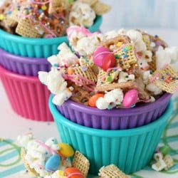 Party-Popcorn-Snack-Mix