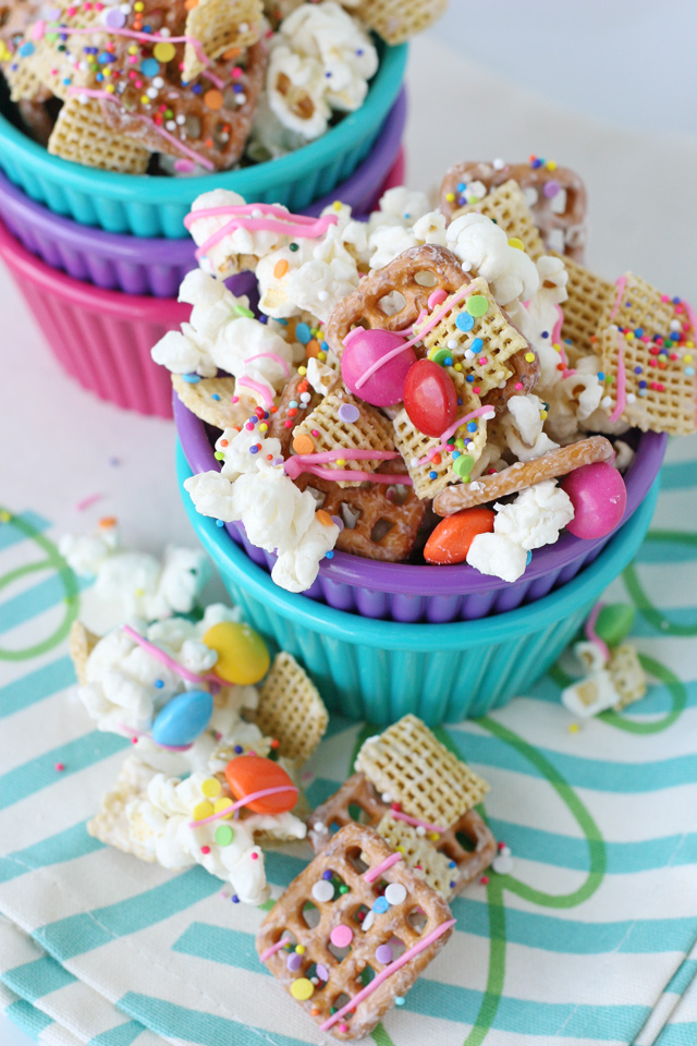 Simply the BEST Party Snack Mix!