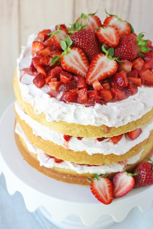 Simply the BEST Strawberry Shortcake Cake