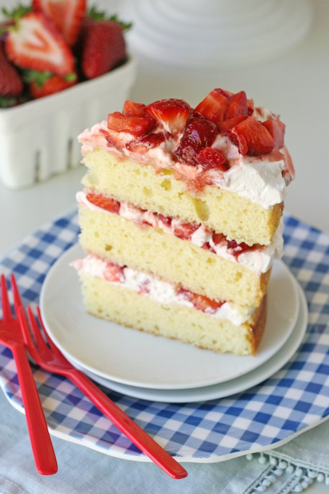 The BEST Strawberry Shortcake Cake Recipe