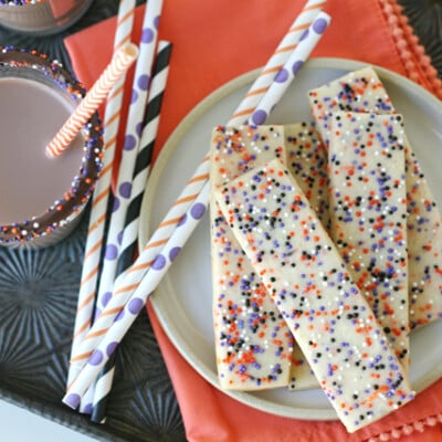EASY Halloween Cookie Sticks!